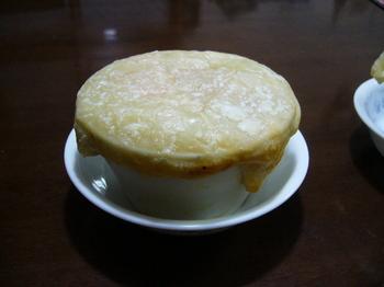13.11.30晩飯クリームシチューのパイ包み.JPG